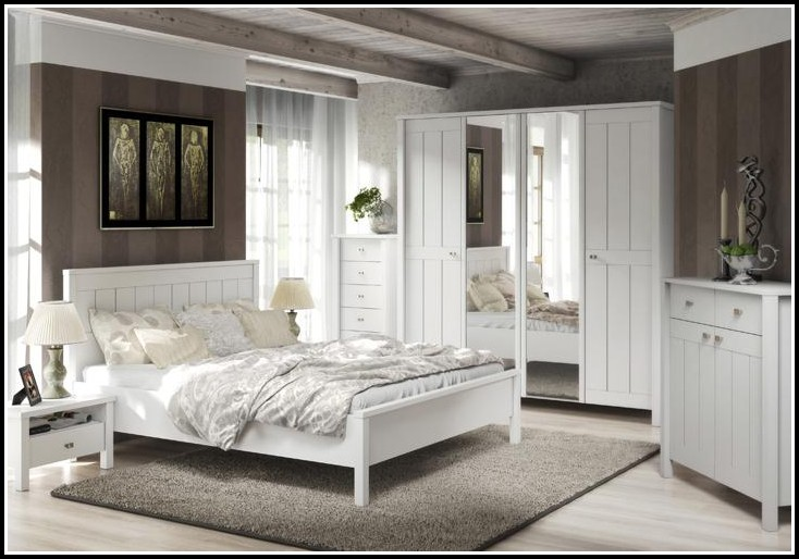 schlafzimmer landhaus wei schlafzimmer house und dekor galerie nqmkj9xrk5. Black Bedroom Furniture Sets. Home Design Ideas