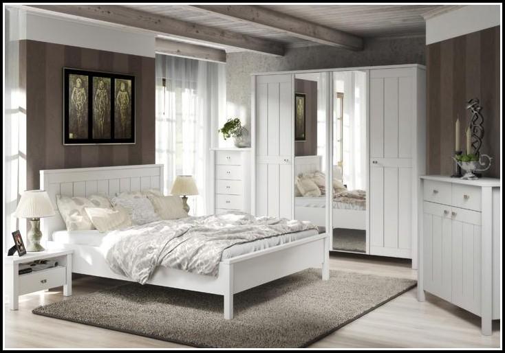 Schlafzimmer Landhaus Weiß