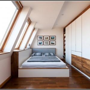 Schlafzimmer Mit Berbau