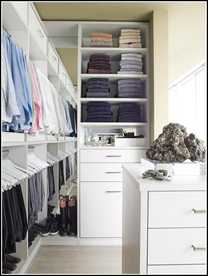 Kleines Schlafzimmer Mit Begehbarem Kleiderschrank