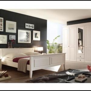 Schlafzimmer Mit Bettüberbau Kaufen - schlafzimmer : House ...