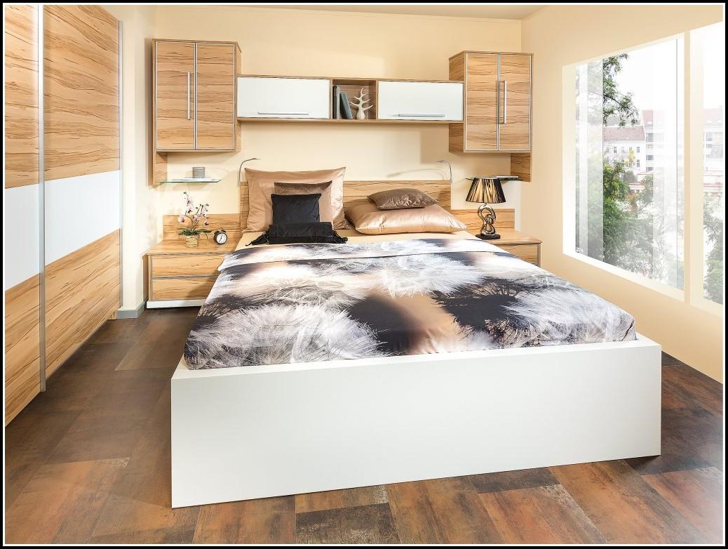 Schlafzimmer Betten überbau