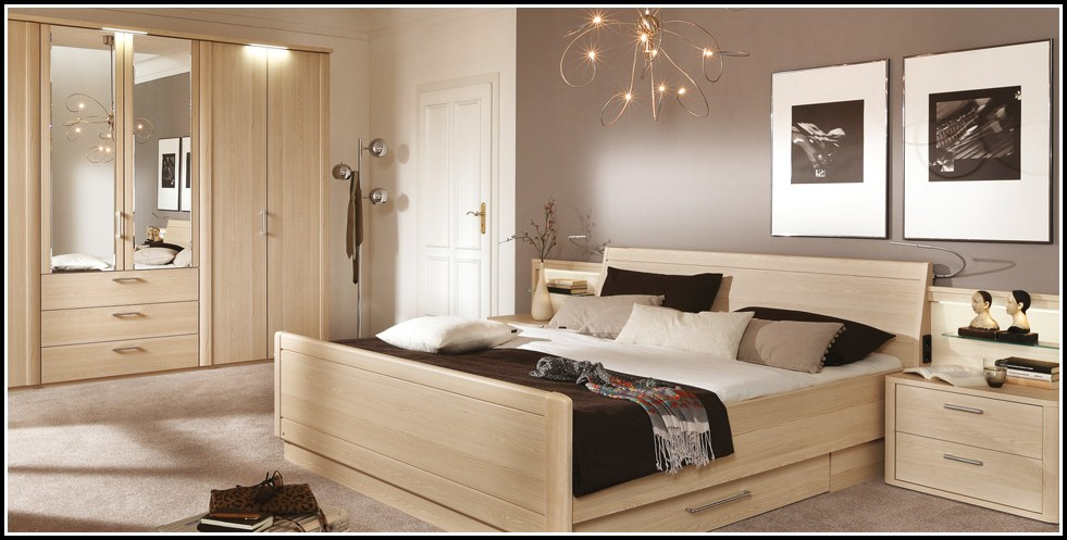 tapeten schlafzimmer gestalten schlafzimmer house und dekor galerie m2wrej3kxj. Black Bedroom Furniture Sets. Home Design Ideas