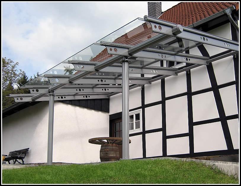 Alu Terrassenüberdachung Glas