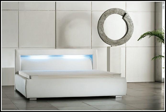 bett 140x200 wei mit lattenrost und matratze download. Black Bedroom Furniture Sets. Home Design Ideas