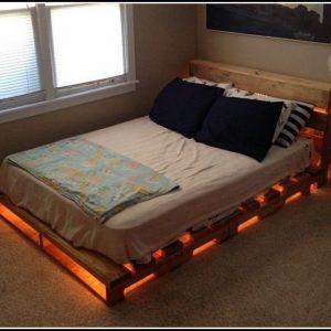 Bett Aus Paletten Mit Beleuchtung