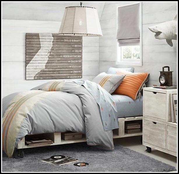 bett aus paletten selbst bauen betten house und dekor galerie yxr5j25k95. Black Bedroom Furniture Sets. Home Design Ideas