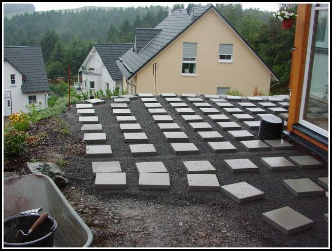 garten terrasse bauen stein terrasse house und dekor. Black Bedroom Furniture Sets. Home Design Ideas