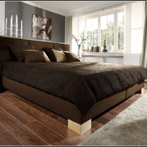 Bett Mit Lattenrost Und Matratzen