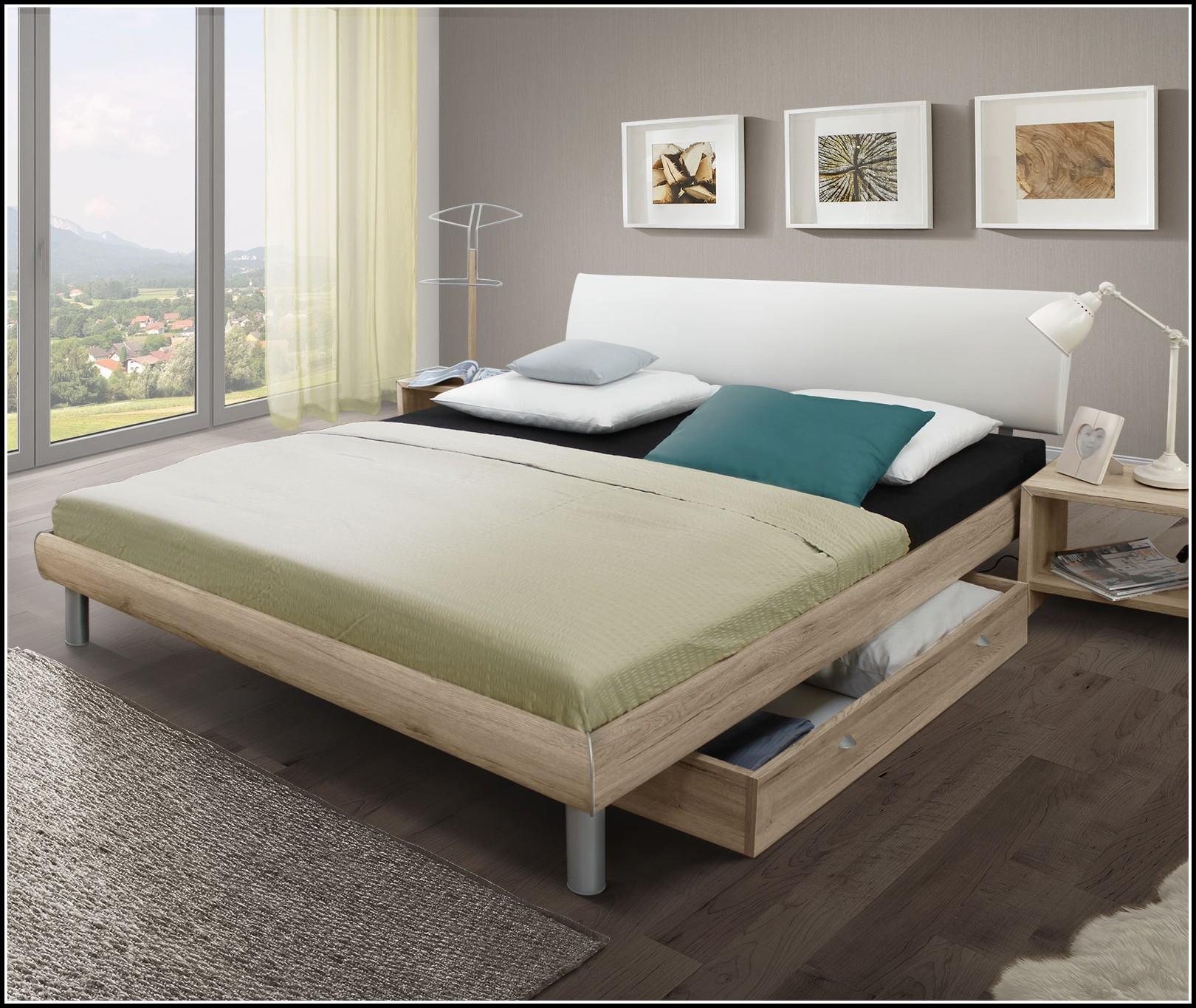 bett mit matratze und lattenrost 140x200 gebraucht. Black Bedroom Furniture Sets. Home Design Ideas