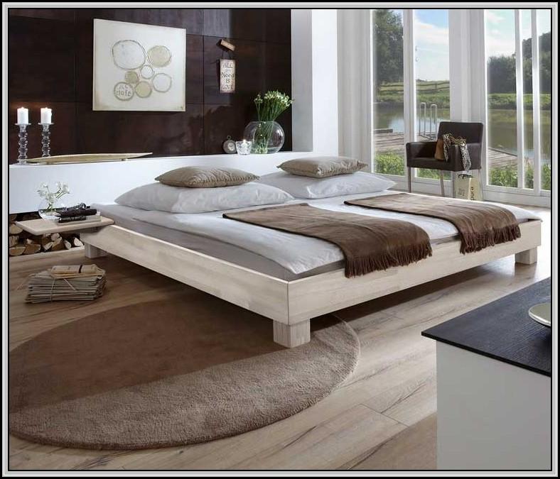 Bett Massivholz 140x200 Gebraucht