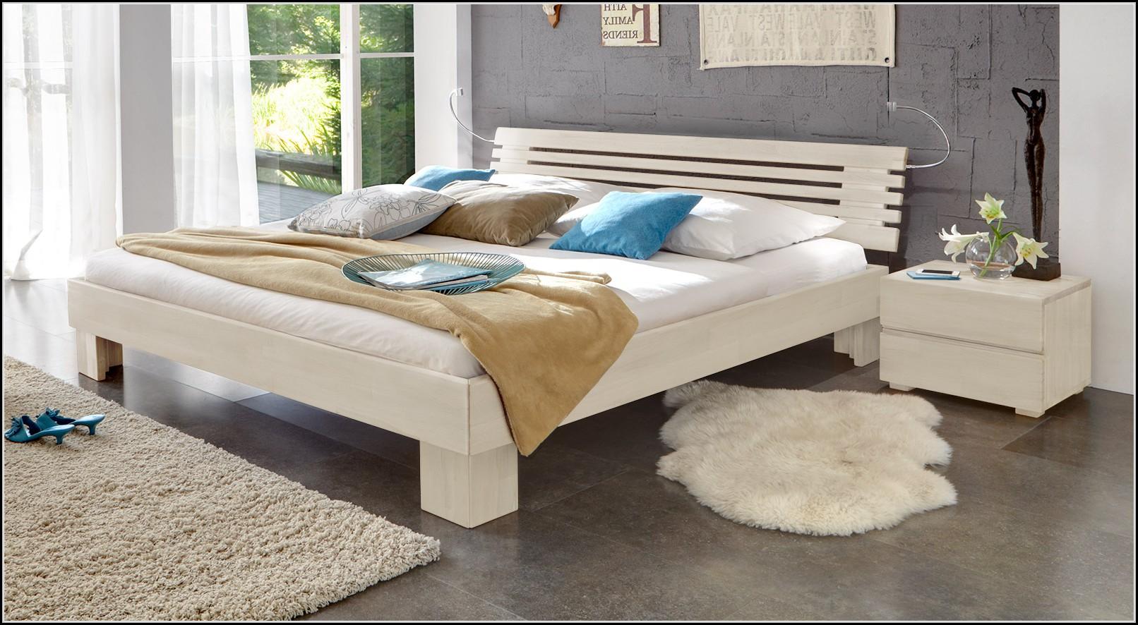 betten im landhausstil betten house und dekor galerie. Black Bedroom Furniture Sets. Home Design Ideas
