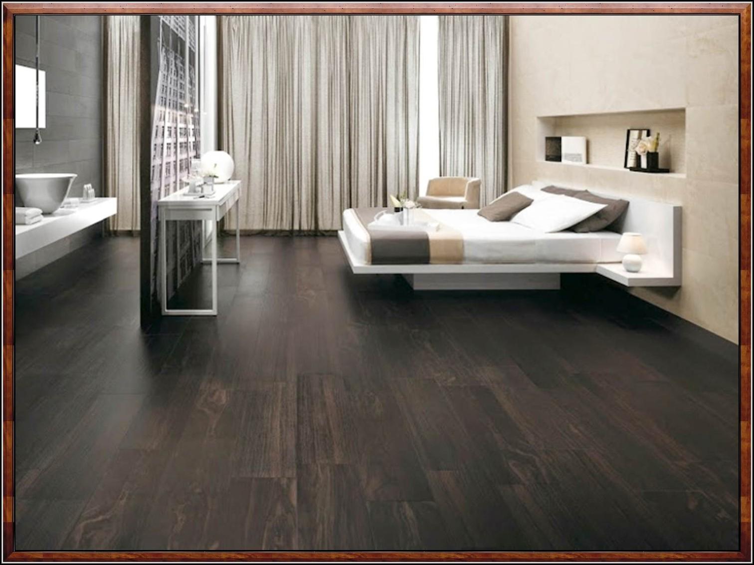 fliesen holzoptik eiche dunkel fliesen house und dekor. Black Bedroom Furniture Sets. Home Design Ideas