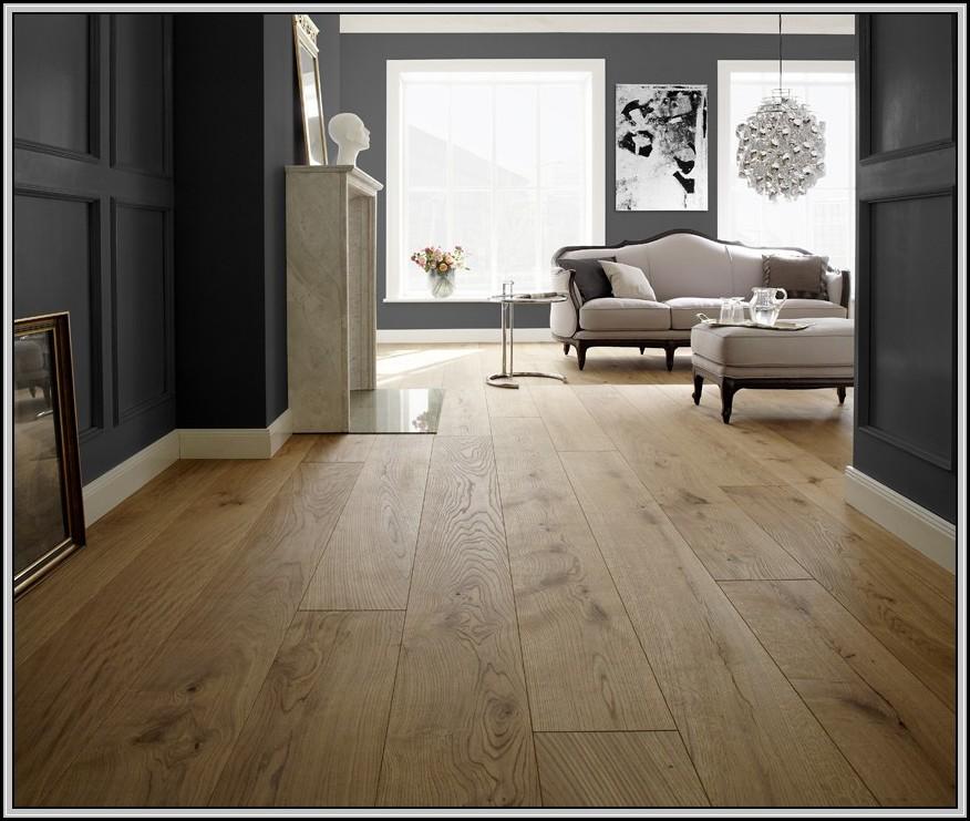 fliesen holzoptik eiche hell fliesen house und dekor. Black Bedroom Furniture Sets. Home Design Ideas