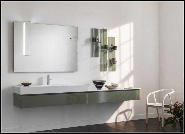 badezimmerspiegel mit beleuchtung und ablage beleuchthung house und dekor galerie 6nrp3nq1yp. Black Bedroom Furniture Sets. Home Design Ideas