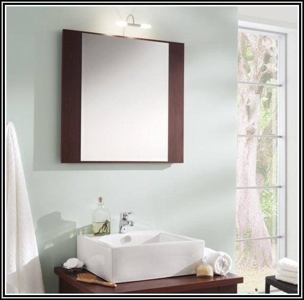 badezimmerspiegel ohne beleuchtung mit ablage beleuchthung house und dekor galerie gz10ad2ryj. Black Bedroom Furniture Sets. Home Design Ideas