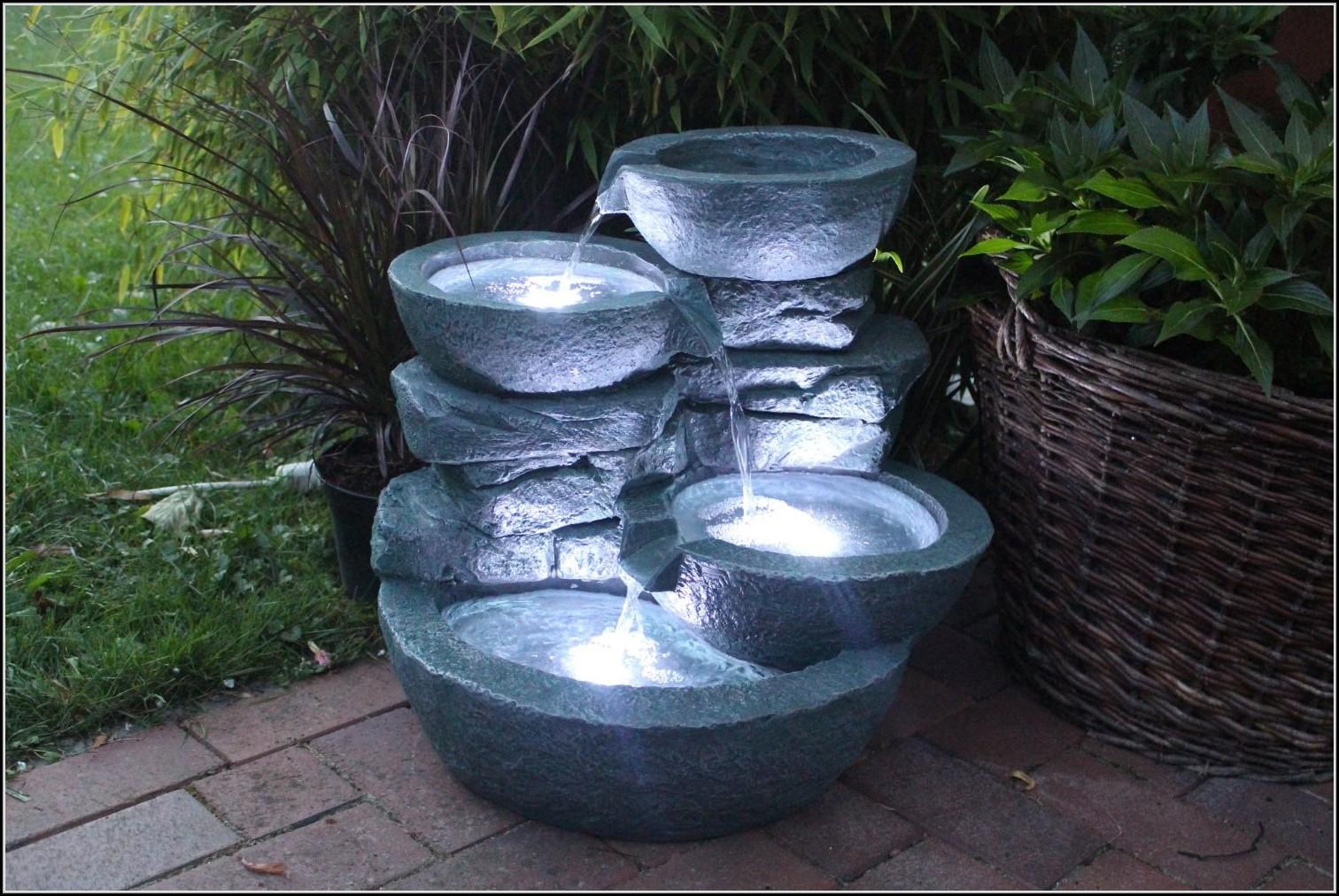 Gartenbrunnen Mit Led Beleuchtung