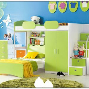 kinderzimmer mit hochbett und schrank kinderzimme house und dekor galerie rmrvnqrrx9. Black Bedroom Furniture Sets. Home Design Ideas