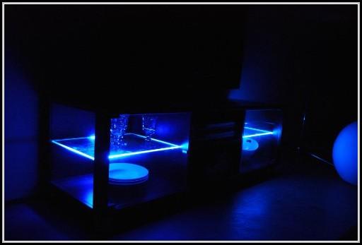 led beleuchtung schrank beleuchthung house und dekor galerie jvwbemykjz. Black Bedroom Furniture Sets. Home Design Ideas