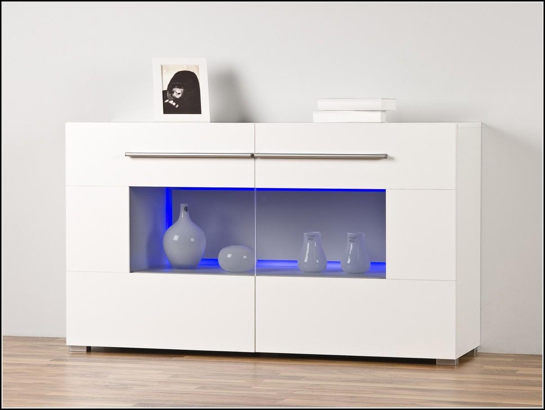 sideboard schwarz mit beleuchtung beleuchthung house und dekor galerie rmrvqv71x9. Black Bedroom Furniture Sets. Home Design Ideas