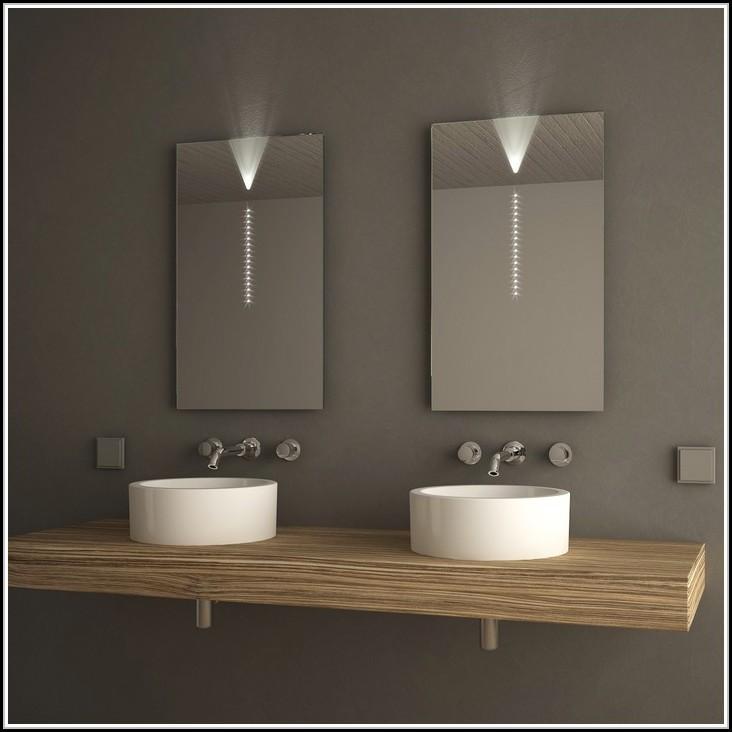 spiegel mit led beleuchtung und ablage beleuchthung house und dekor galerie jvr7wzxrzj. Black Bedroom Furniture Sets. Home Design Ideas