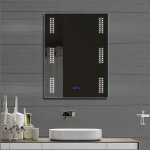 Spiegel Mit Led Beleuchtung Und Uhr