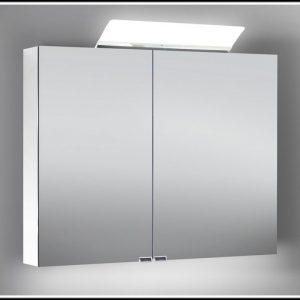 spiegelschrank bad mit beleuchtung beleuchthung house und dekor galerie 9k1wyakklz. Black Bedroom Furniture Sets. Home Design Ideas
