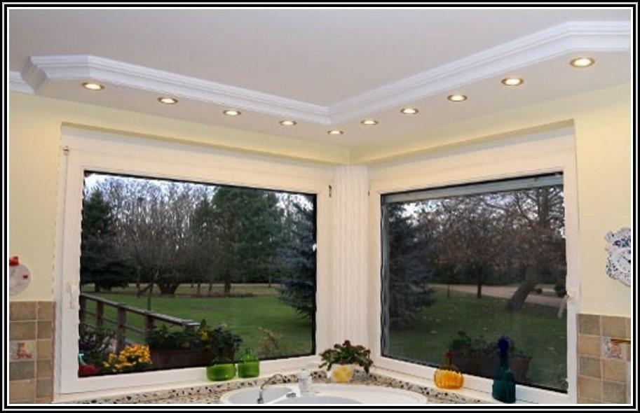 stuckleisten mit integrierter beleuchtung beleuchthung house und dekor galerie 3erobxe1q5. Black Bedroom Furniture Sets. Home Design Ideas