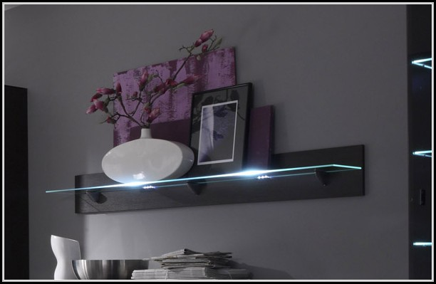 wandregal mit beleuchtung beleuchthung house und dekor. Black Bedroom Furniture Sets. Home Design Ideas
