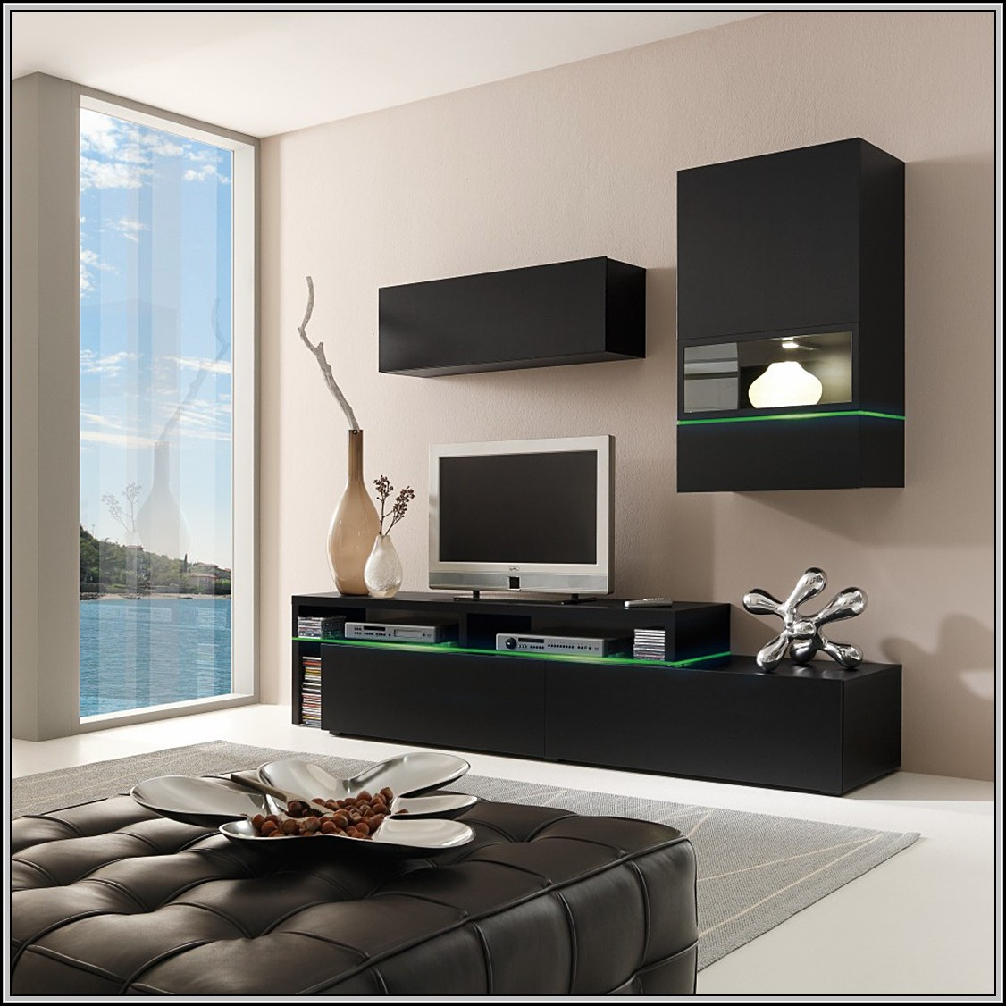 wohnwand beleuchtung mit fernbedienung beleuchthung house und dekor galerie jvr7w5nrzj. Black Bedroom Furniture Sets. Home Design Ideas