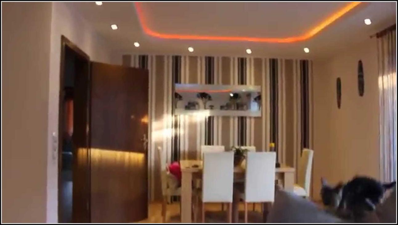 wohnzimmer indirekte beleuchtung led beleuchthung house und dekor galerie m2wrj9xwxj. Black Bedroom Furniture Sets. Home Design Ideas
