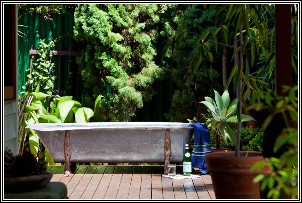 badewanne im garten bepflanzen badewanne house und dekor galerie dx1e8nmwgl. Black Bedroom Furniture Sets. Home Design Ideas