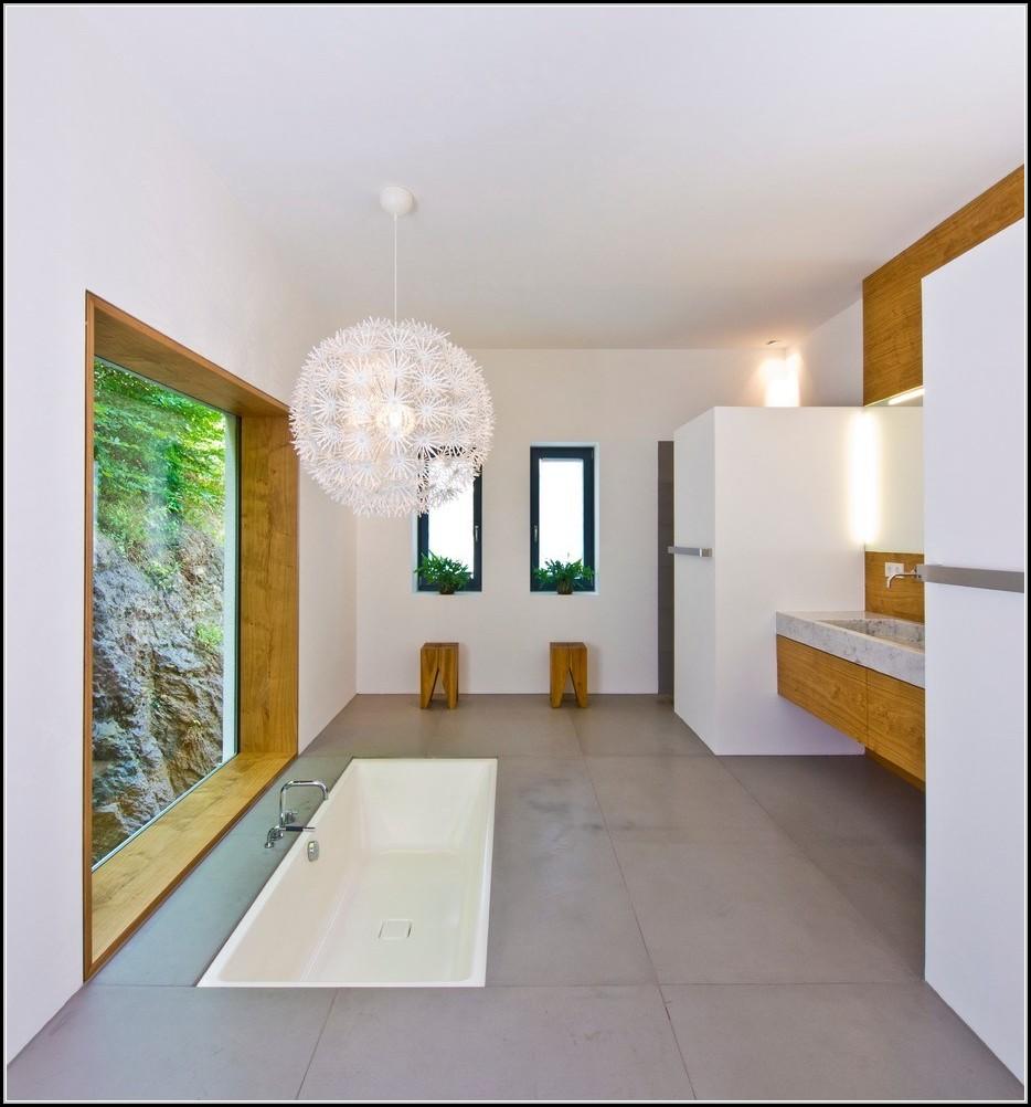 Badewanne Mit Duschzone Und Tr