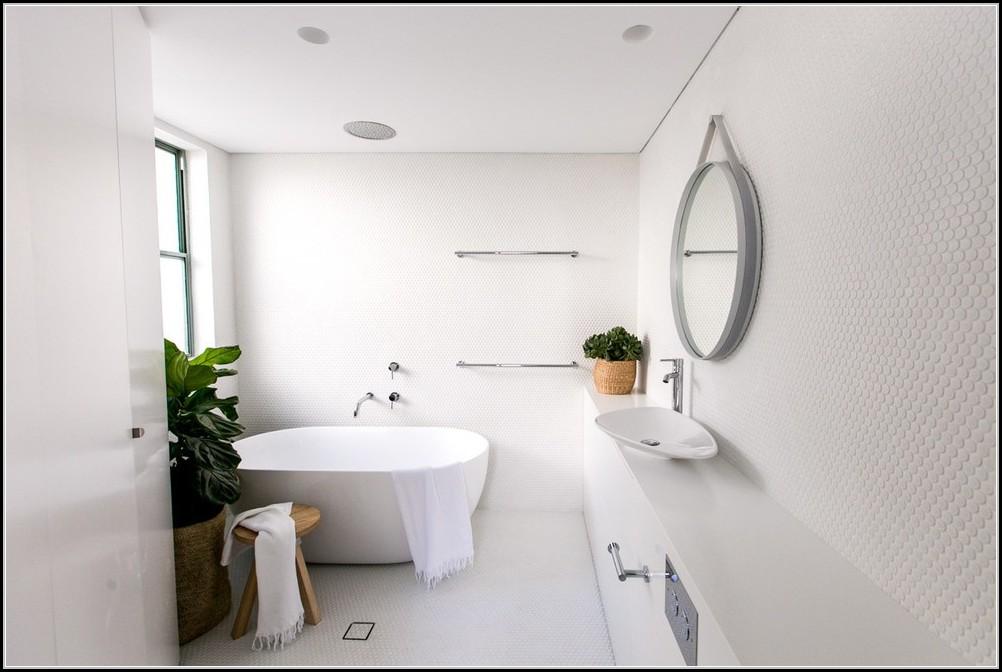 email badewanne neu lackieren badewanne house und dekor galerie 0a1n6m31qg. Black Bedroom Furniture Sets. Home Design Ideas
