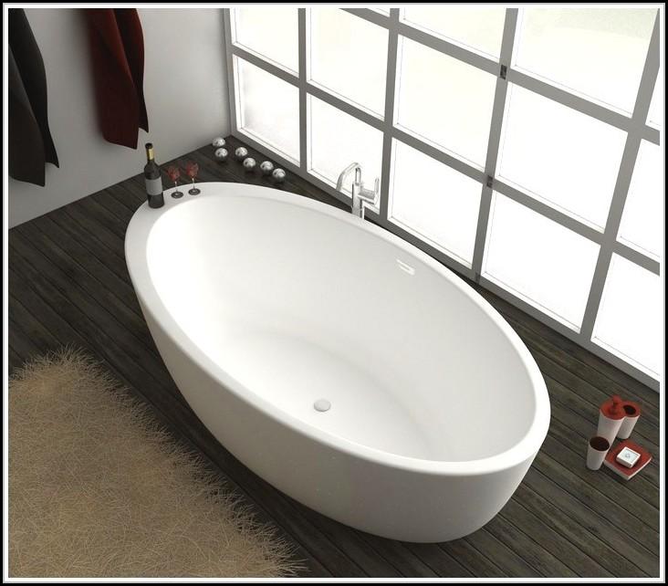 freistehende badewanne mit integrierter armatur badewanne house und dekor galerie qmkjqp5rk5. Black Bedroom Furniture Sets. Home Design Ideas