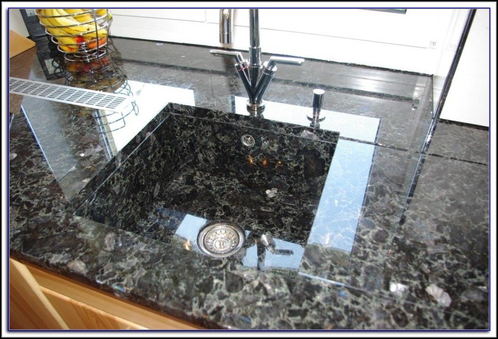 arbeitsplatten granit optik arbeitsplatte house und dekor galerie pnwykwrrbn. Black Bedroom Furniture Sets. Home Design Ideas