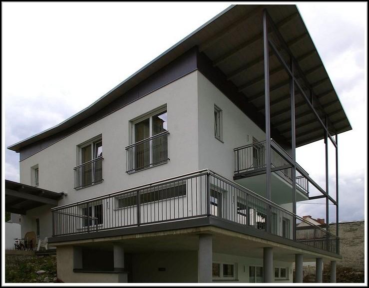 sichtschutz balkon seitlich holz excellent eine bastmatte aus kunstoff als sichtschutz with. Black Bedroom Furniture Sets. Home Design Ideas