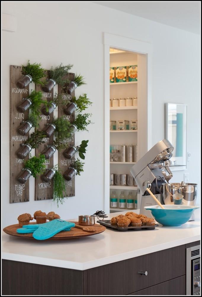 tomaten pflanzen balkon sonne balkon house und dekor. Black Bedroom Furniture Sets. Home Design Ideas