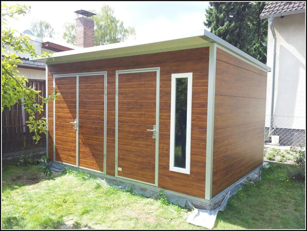 Gartenhaus Metall Isoliert