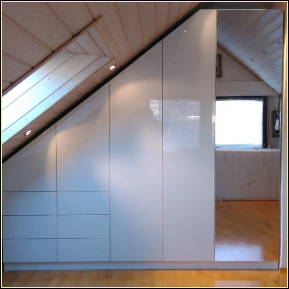 Ideen Für Ankleidezimmer Mit Dachschräge