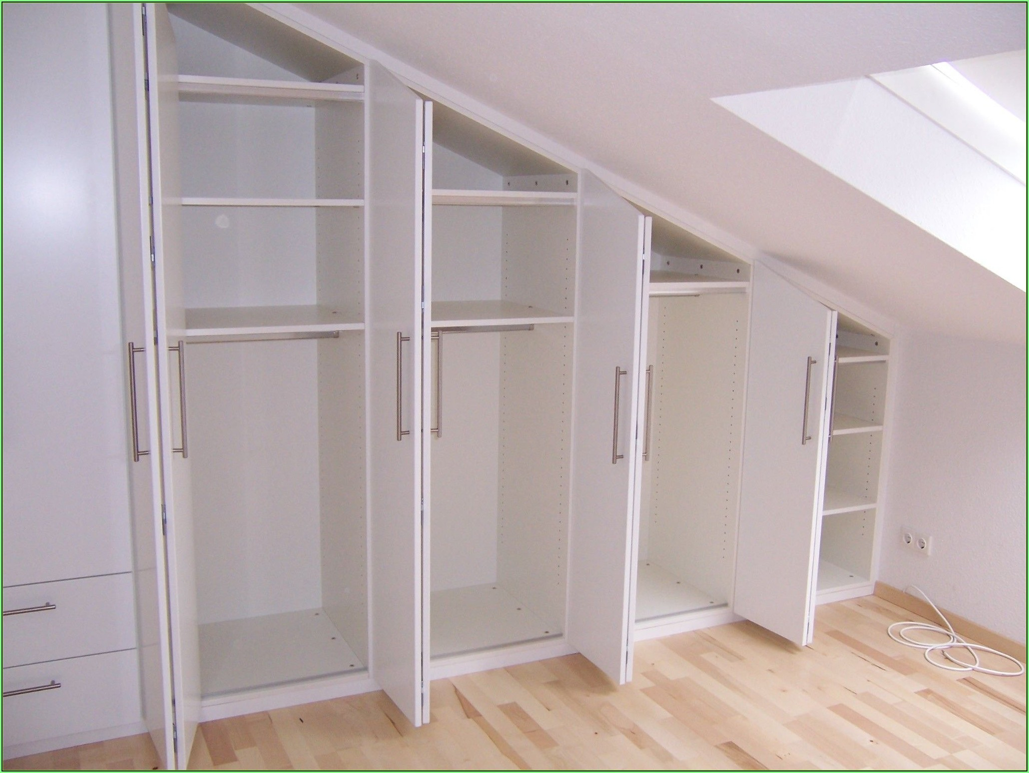 Ankleidezimmer Systeme Dachschräge
