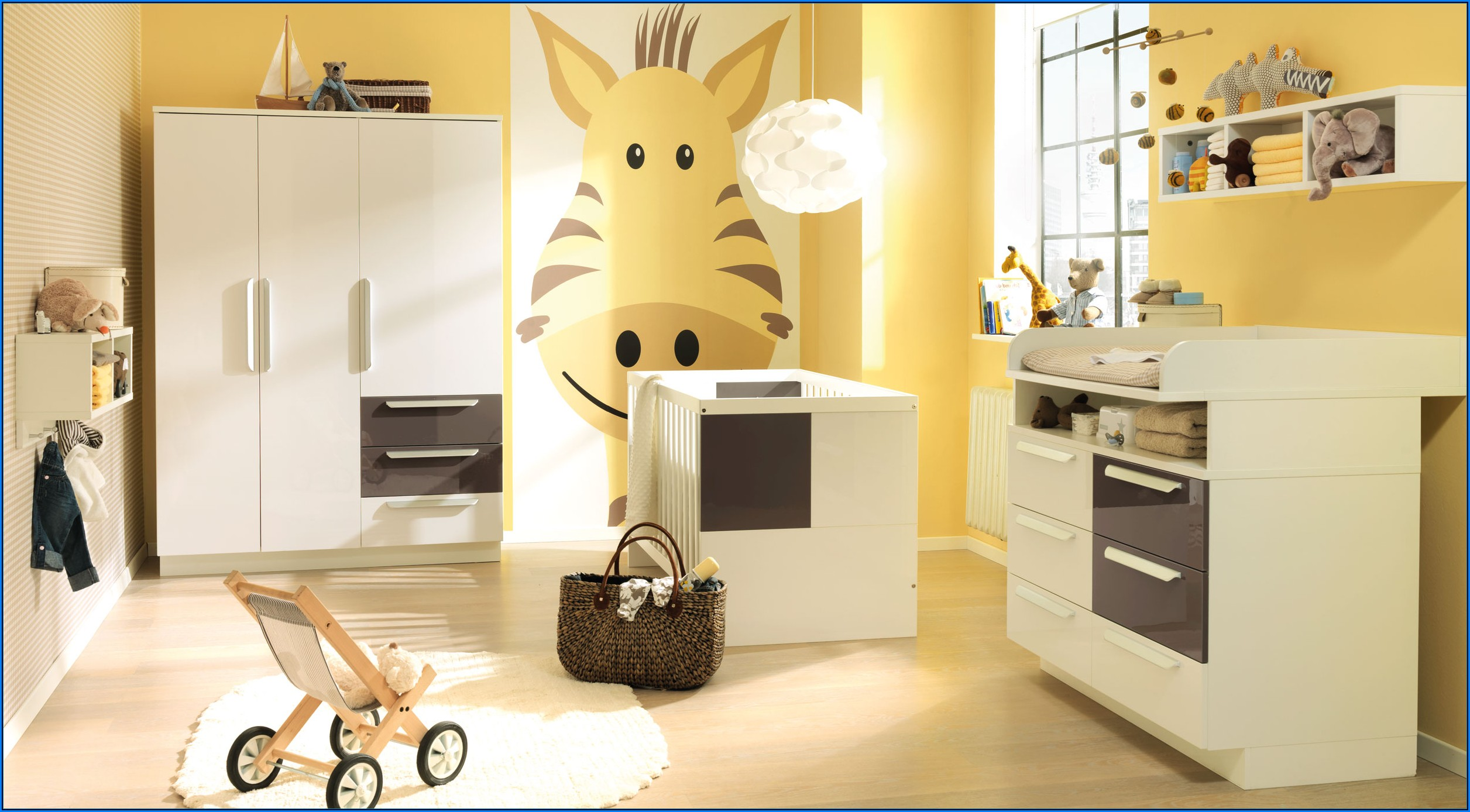Babyzimmer Braun Weiß