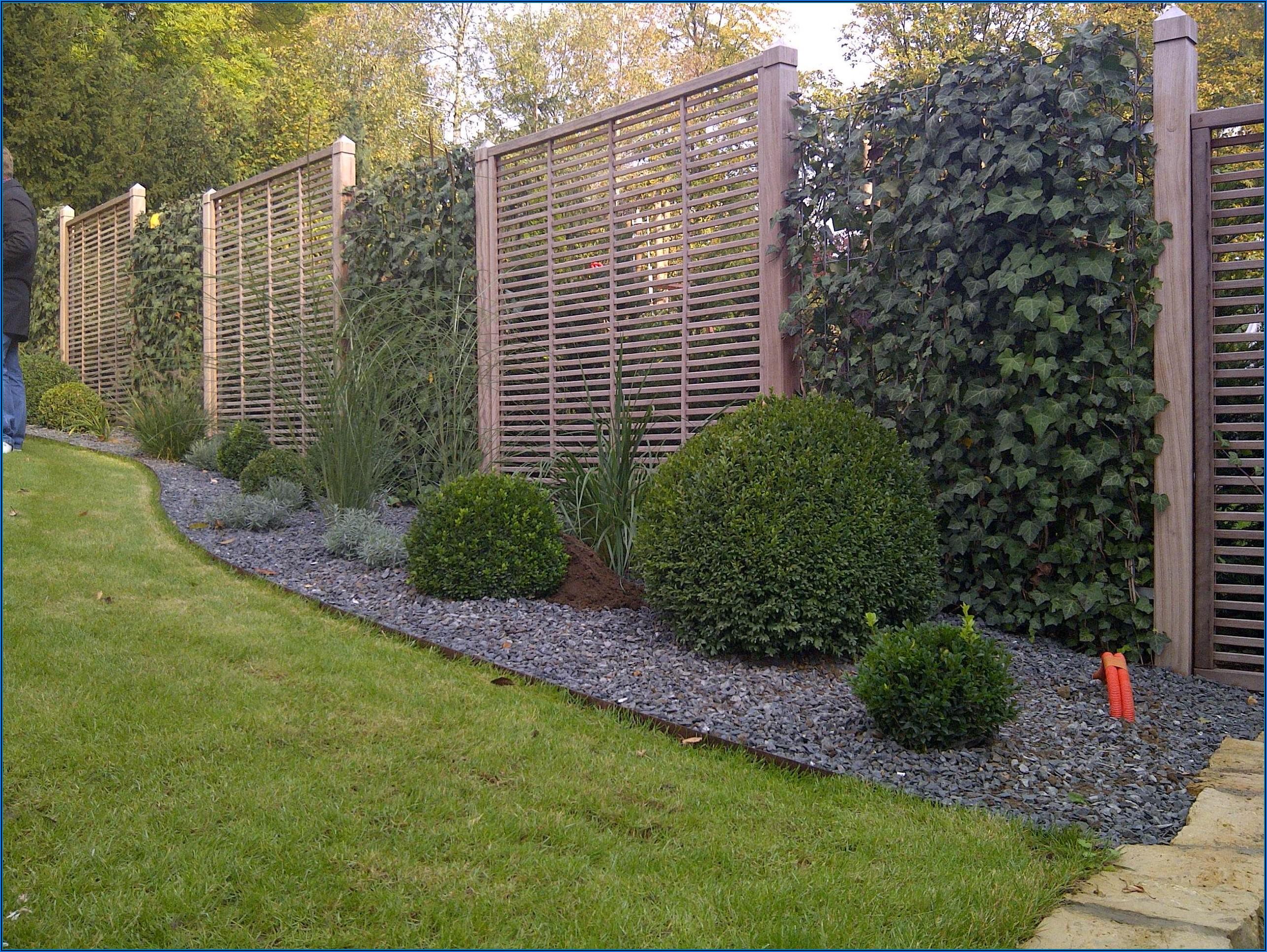 Kleiner Zaun Um Terrasse