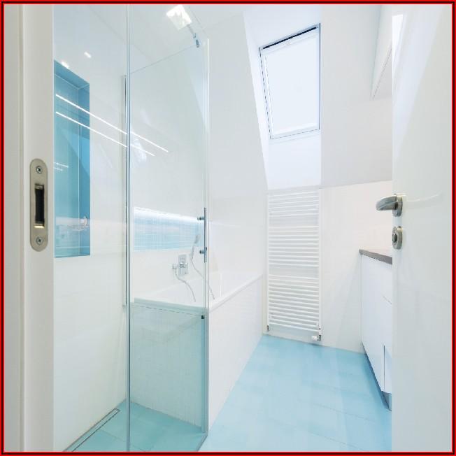 Kleines Bad Mit Begehbarer Dusche Und Wanne