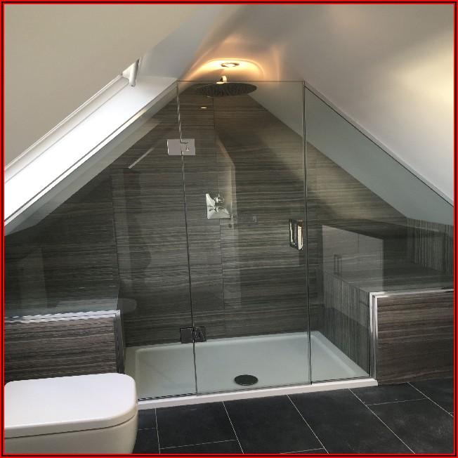 Kleines Badezimmer Dachschräge