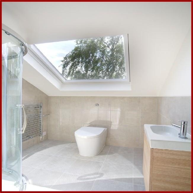 Kleines Badezimmer Im Dachgeschoss