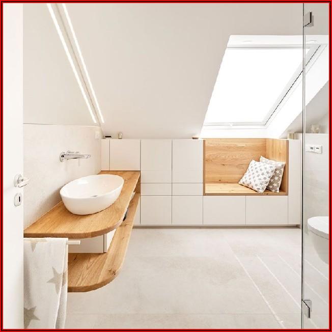 Kleines Badezimmer Mit Dachschräge Renovieren