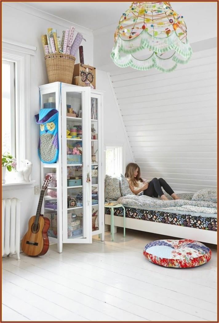 Kinderzimmer Klein Mit Dachschräge