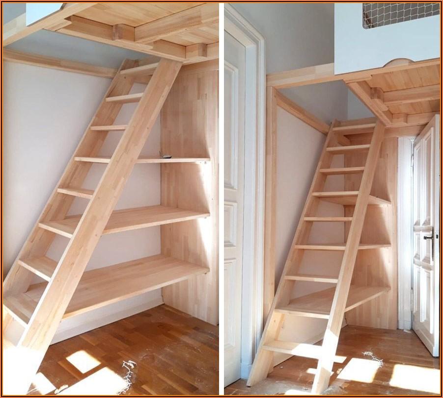 Kinderzimmer Mit Treppe Zum Dachboden