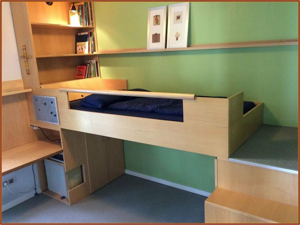 Kleines Kinderzimmer Mit Viel Stauraum